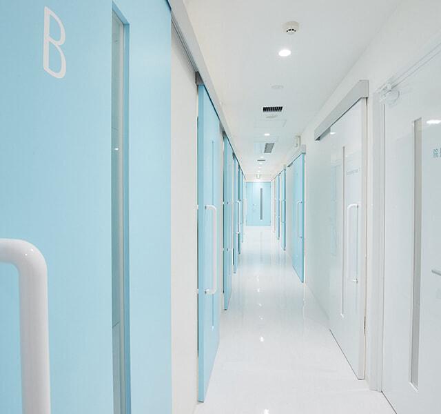 トイクリ池袋院施術室廊下