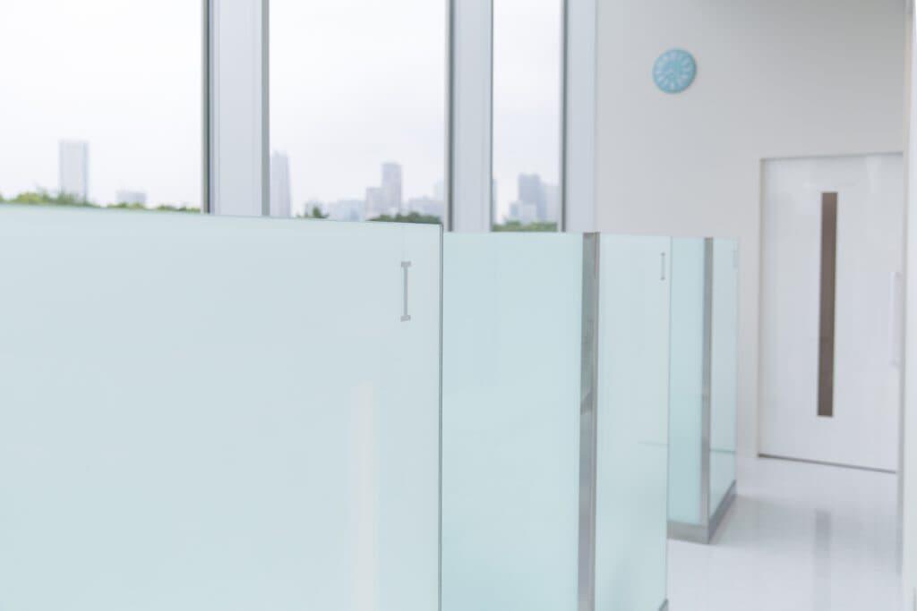 医療レーザーの不安、緊張を和らげる当院の配慮「プライバシーを配慮したカウンセリングルーム」