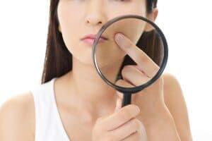 顔脱毛をすることで、そういった根本的な肌の悩みを解決できることも少なくありません。